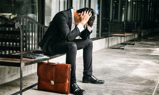 Depressed-Lawyer-Article-202104221620